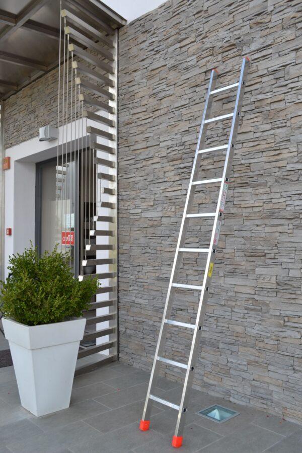 Scala professionale singola in alluminio MARCHETTI OR1 7 pioli h 2.16 metri