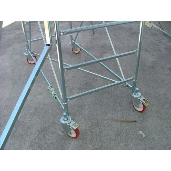 Trabattello in acciaio H 3.70 m base 76 x 165 cm Marchetti Grim EU 75