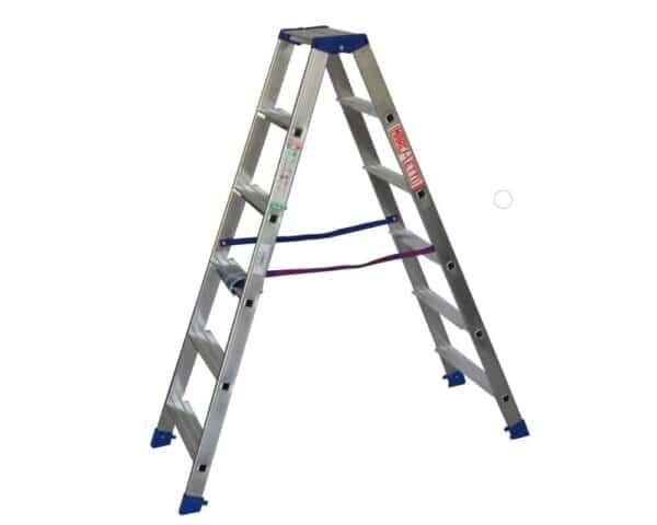 Scala a doppia salita in alluminio altezza 1,5 m 6 gradini Marchetti Gaudi' 06