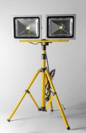 Lampada led 50w doppia telescopica con treppiede Akifix